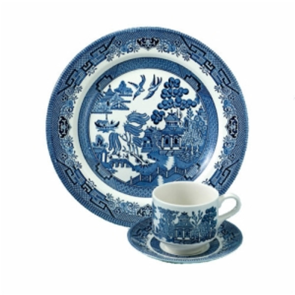 Blue Willow 3 piece place setting, Dinner plate, Tea Cup, Saucer