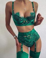 Emerald Garter Set