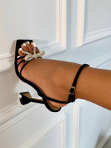 Bow Sandal Pump