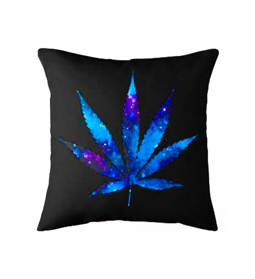 Cosmo leaf Pillow