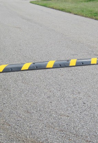 """Innoplast 6' Black Rubber Speed Bump with Yellow Stripes and Cat-Eye Reflectors, 72"""" L x 12"""" W x 2"""" H - hardware not included (4 holes, 55lbs each)"""
