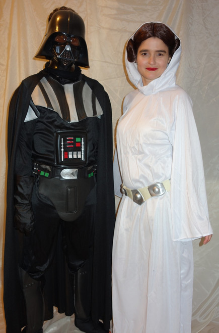 Star Wars Costumes for Hire. Princess Leia and Darth Vader