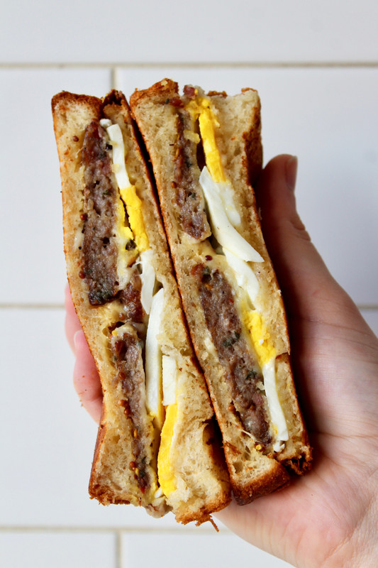 How To Make The Perfect Breakfast Sandwich And Sauce Bklyn