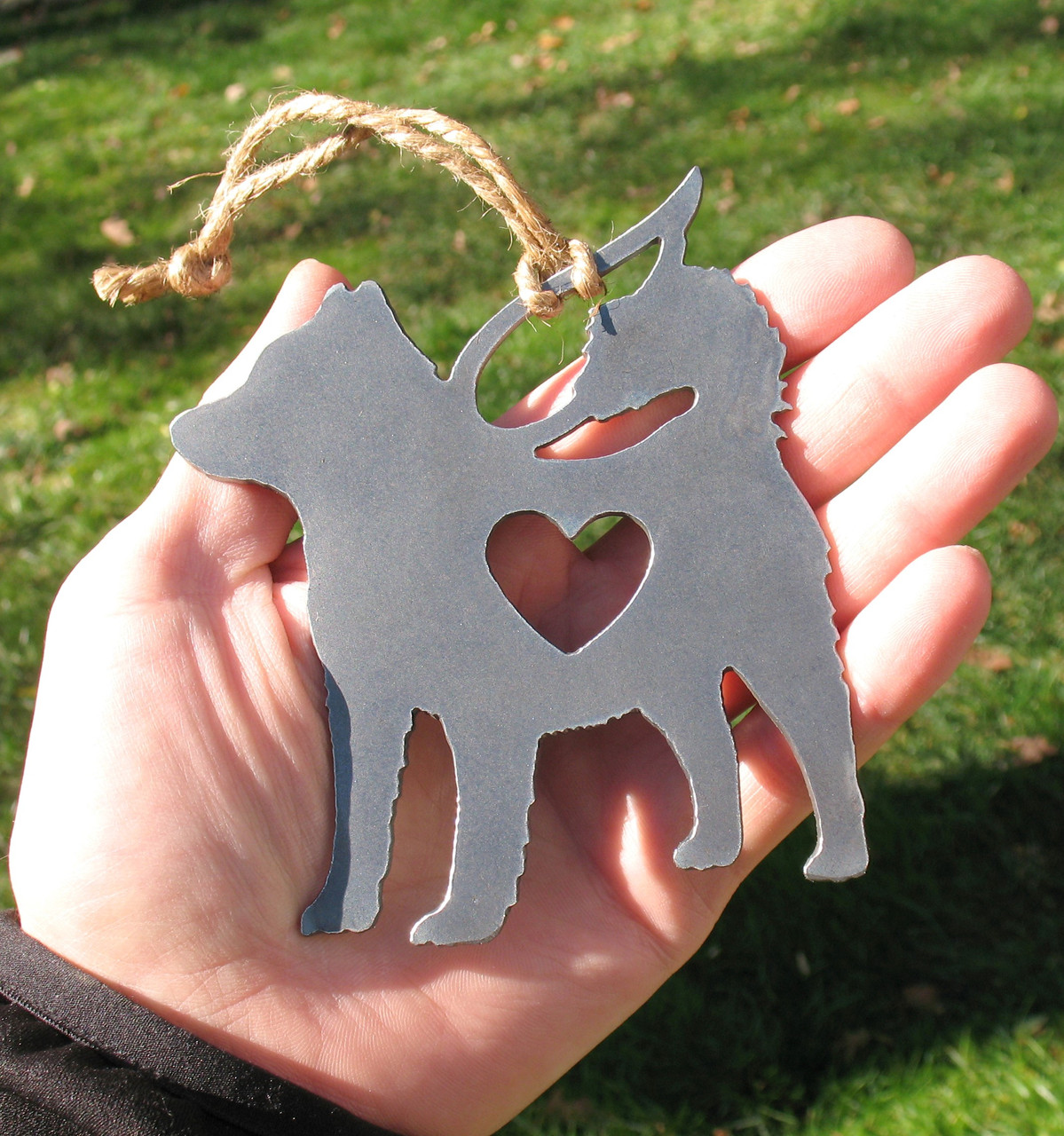 Alaskan Malamute Pet Loss Gift Ornament Angel - Pet Memorial - Dog Sympathy Remembrance Gift - Metal Dog Christmas Ornament