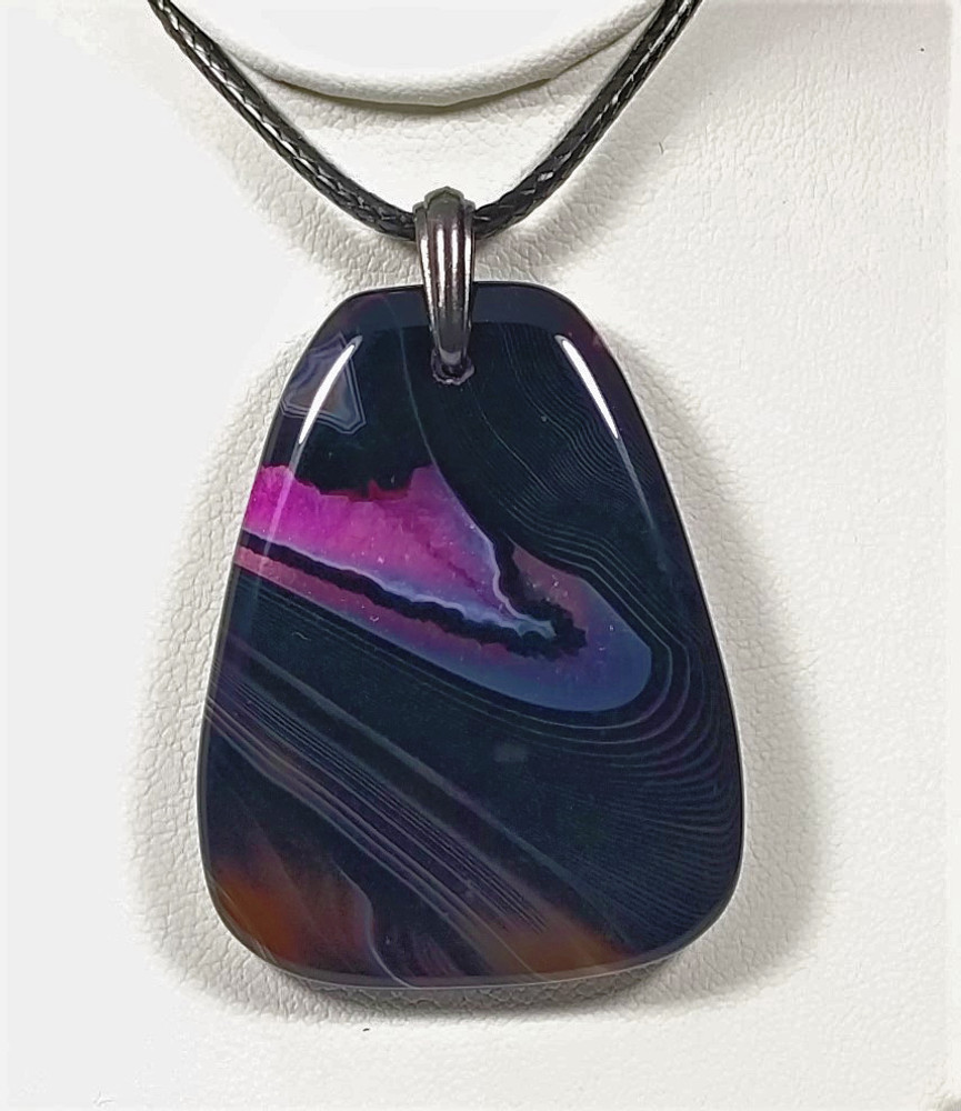 Black and Pink Agate Pendant/Bead Stone