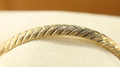 18K Cart Bangle Bracelet SS15744