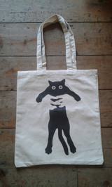 Flat cat tote bag