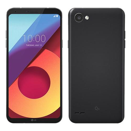 LG Q6 | Front