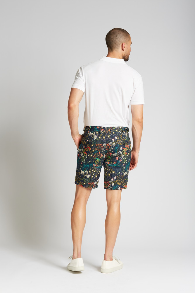 August McGregor Crystal Cove Navy Bloom Slim-fit Stretch Cotton 2-piece Shorts Suit