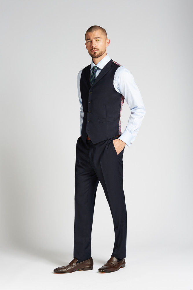 August McGregor Slim-fit 4-Season Wool Vest in Midnight Navy