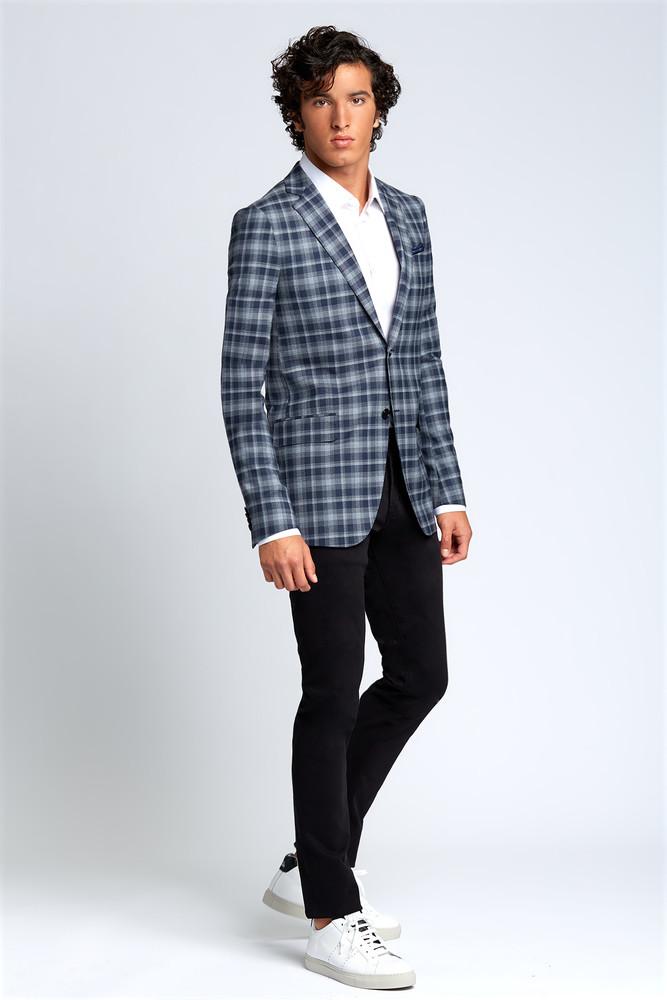 August McGregor Slim-fit Four Season Wool Jacket in Large Navy Grey Check Plaid