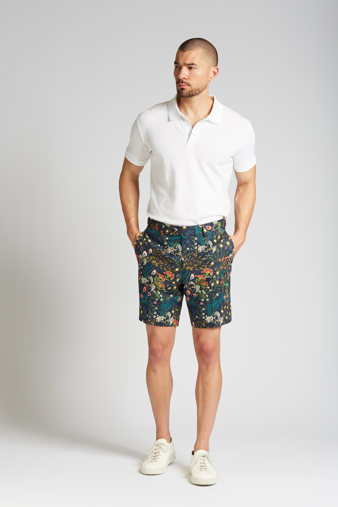 Slim-Fit Cotton Shorts in Crystal Cove Navy Bloom