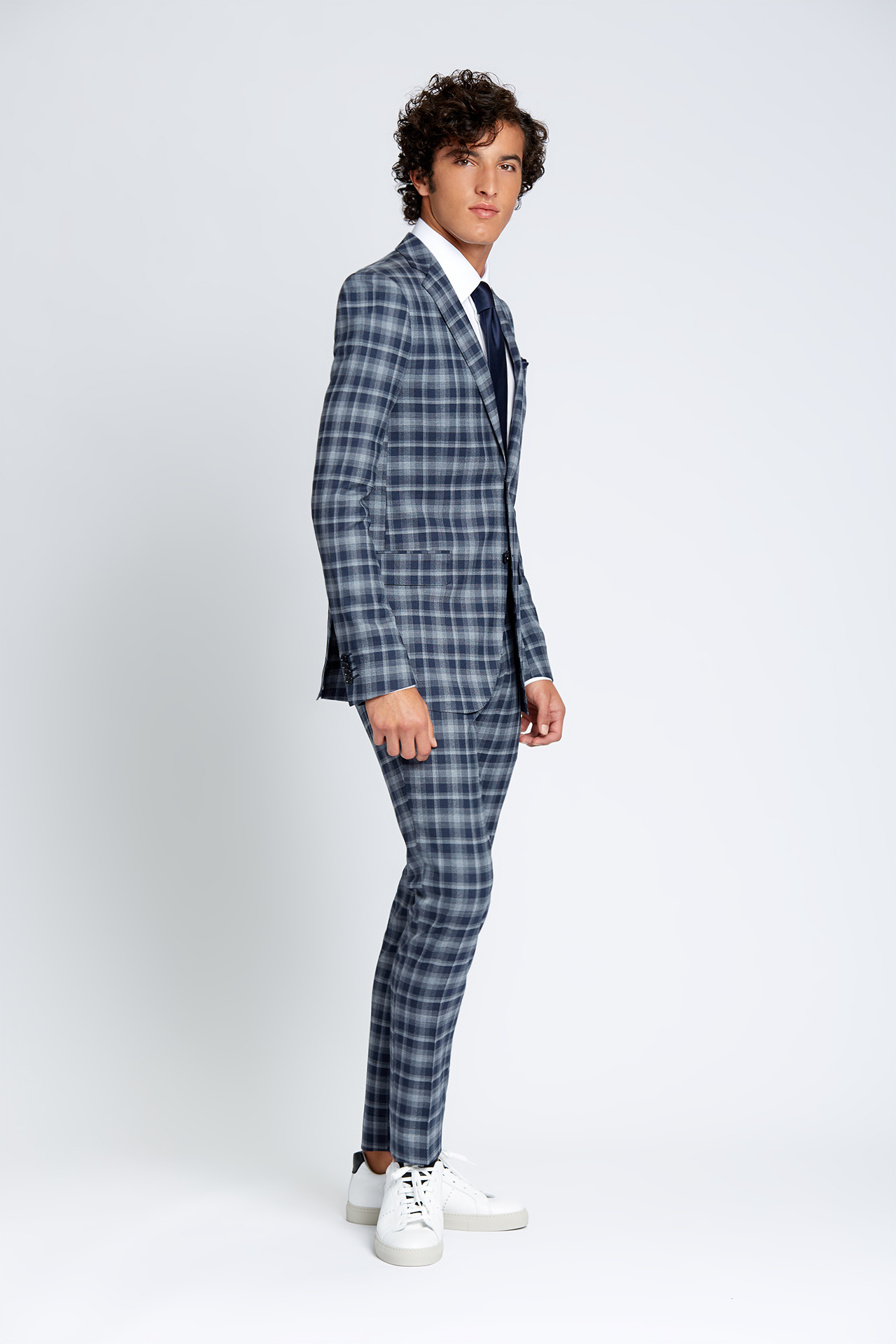 Slim-fit Four Season Wool 2-Piece Suit in Large Navy Grey Check