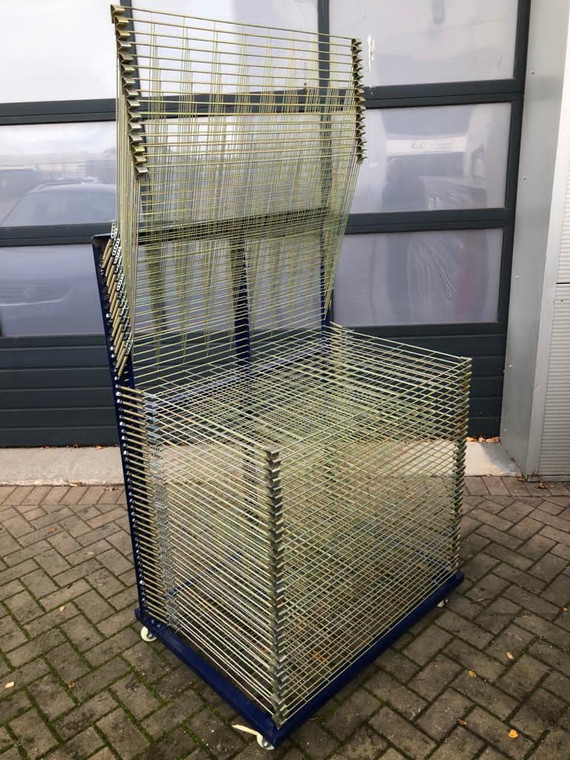 A1 Spring Loaded Drying Rack