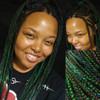 Leesa wearing 1B Off Black/Emerald Green Mix and Midnight Blue kk jumbo braid