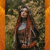 Morgan wearing synth dreads made from Amber kk jumbo braid