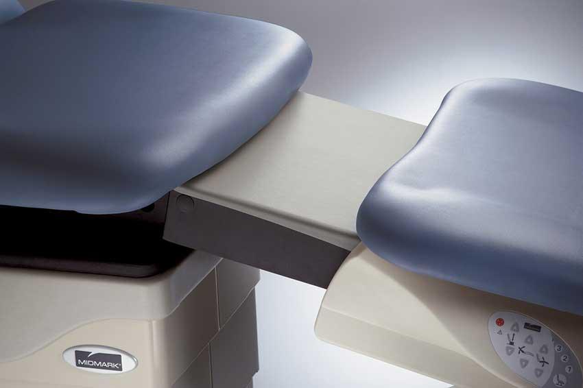 Midmark 647  Power Podiatry Procedures Chair - Leg Rest