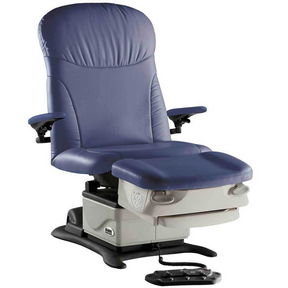 Midmark 647  Power Podiatry Procedures Chair