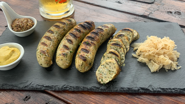 Chicken Spinach Sausages (4) per 1 lb.