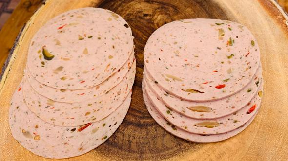 Pikantwurst (per 1 lb)