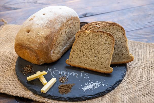 Old World German Kommis Bread