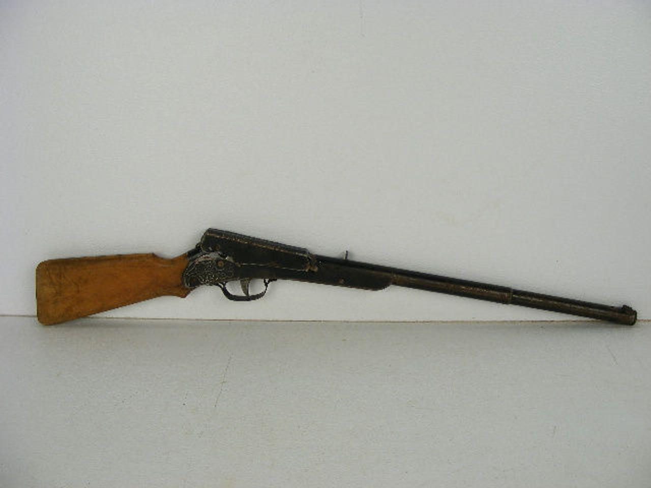 An original old Daisy BB gun No  106 marked Plymouth,Michigan that still  works