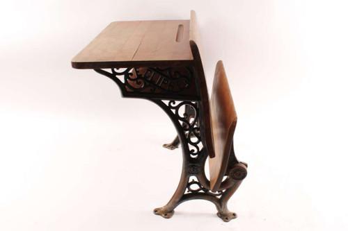 Groovy Old Antique Eclipse Childs Wood School Desk With Decorative Cast Iron Legs Download Free Architecture Designs Xoliawazosbritishbridgeorg