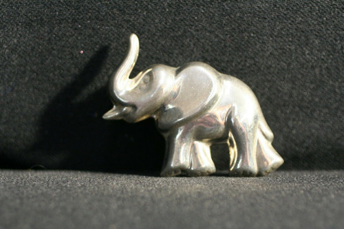 Mexico 925 Silver - Vintage Sculpted Hollow Shiny Elephant Brooch Pin / Pendant