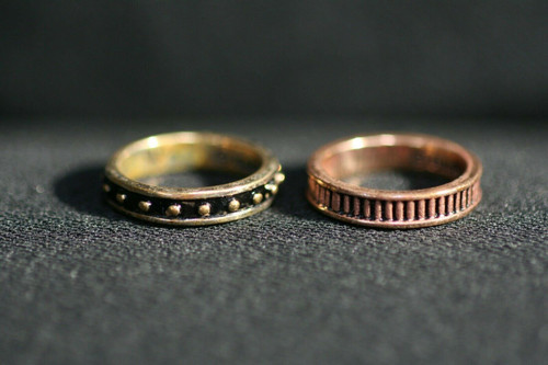 Pre-Owned 2 Barse Thai CU Copper Rings Both Sz. 5.5