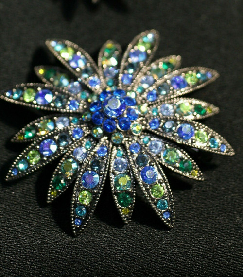 Vintage 2 Joan Rivers Brooches #115-1068 & #115-1066 Blue/Green Stones