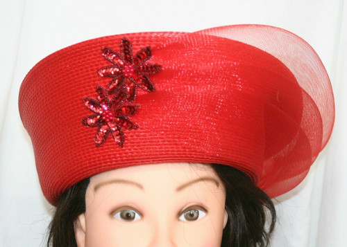 """Pre-Owned Women's Unbranded Red Coated Straw Church Hat W/ Tulle/Sequins 21.5"""""""