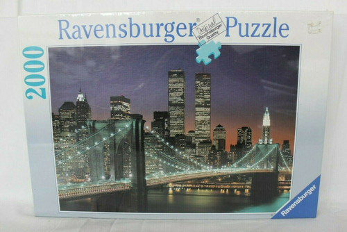 Vintage 1995 Ravensburger NEW YORK CITY Puzzle WTC Twin Towers NYC 2000 Pieces