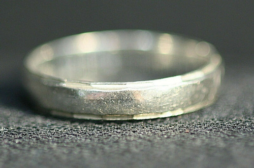 Pre-Owned Men's 925 Sterling Silver Wedding Band Sz. 9