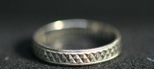 Pre-Owned Men's 925 Sterling Silver Design Accents Wedding Band  Sz. 10