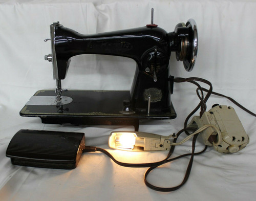 Antique Precision De Luxe Sewing Machine With Foot Pedal