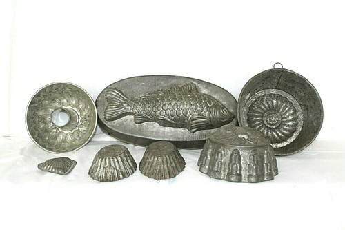 Vintage Lot of 7 Molds/Pans In Assorted Shapes & Sizes