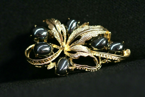 Vintage Gold Toned Bow/Leaves Brooch W/ Hematite Stones