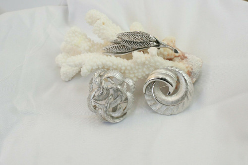 Brushed Silver Pin Lot Coro, Trifari, Unbranded Floral Abstract Brooch Lot