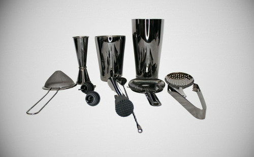 Aloono 11-piece aperitif Shaker Bar with 18oz and 28oz Shaker. Black in color