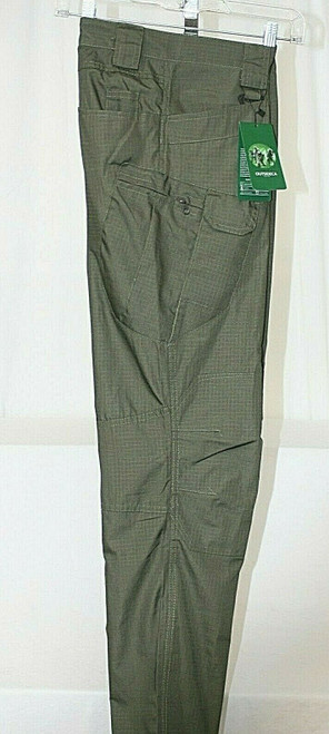 NWT Men's Live The Outsideca Olive Colored Tactical Cargo Pants Sz. L