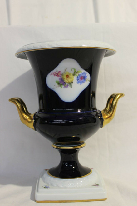 "Vintage Kaiser  Porcelain West Germany Rose Floral Vase Urn 9.5"" Tall"