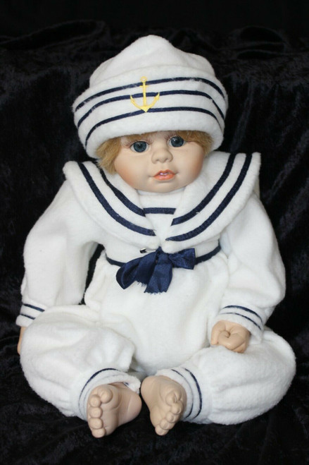 2000 Heritage Mint Sweet and Innocent Collection Cuddle Me Babies Sailor