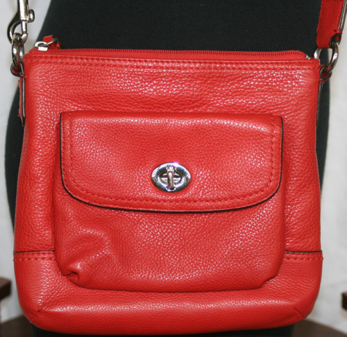 Pre-Owned Unbranded Red Pebbled Leather Crossbody