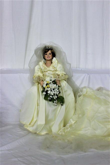 Danbury Mint Princess Lady Diana Spencer Porcelain Bride Wedding Gown, Pre-owned