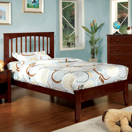Pine Brook Bed (Multiple Sizes)