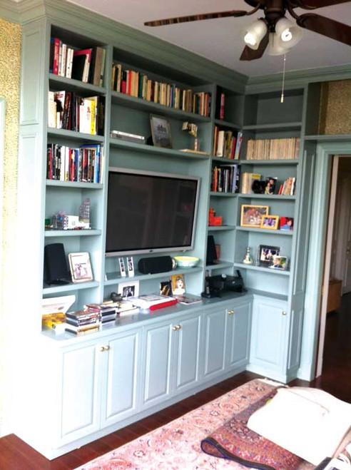 CUSTOM - Built In Corner Bookshelf