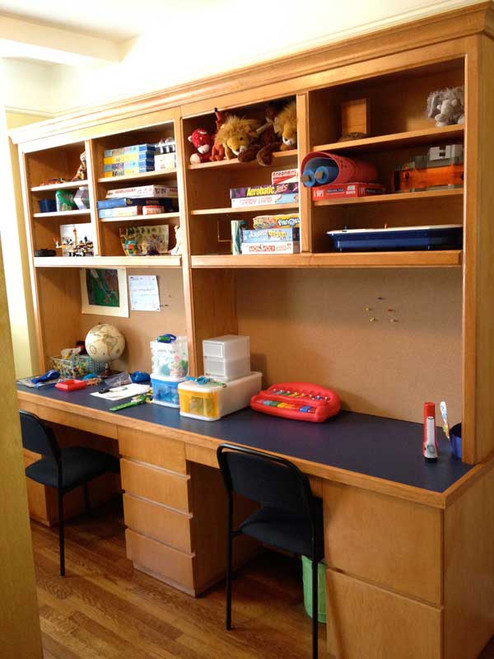 CUSTOM - Double Office Desk and Hutch