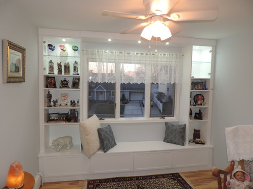 CUSTOM - Window Bench w/ Curio Sides