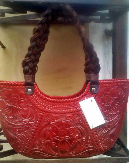Veracruz with braided leather handle