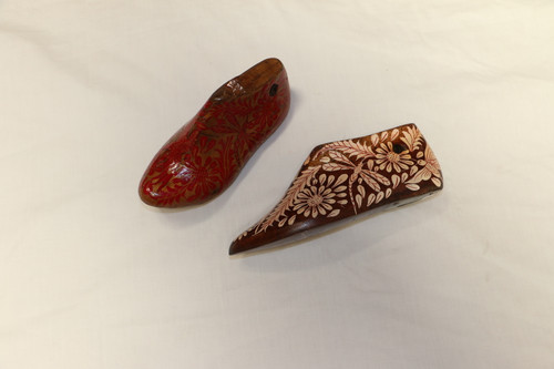 Small Hand Painted Wooden Shoe Mold